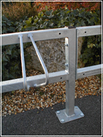 Single sided ground fixed cycle rack