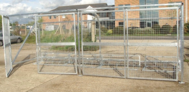 Secure Cycle Shelter - Curved back security bicycle shelter with mesh gates and clear cladding